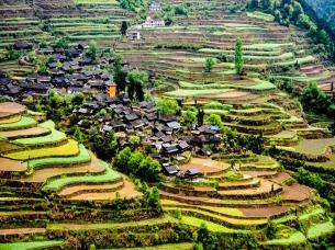 古丈岩排溪村